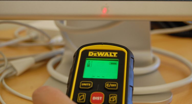 measure distance with a laser tape measure