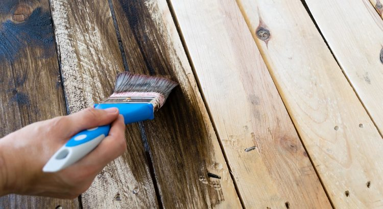 Polycrylic vs Polyurethane [What Is The Difference?]