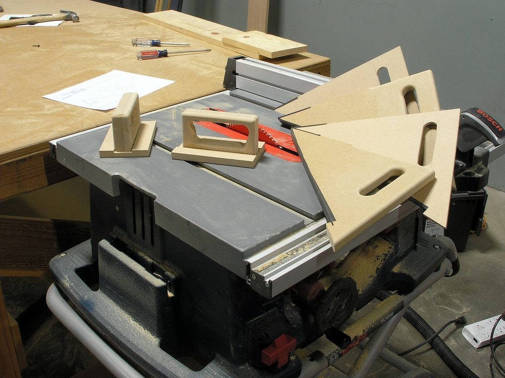 table saw for woodworking