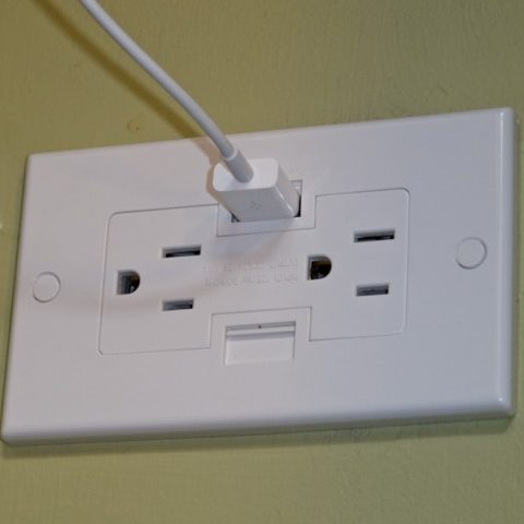 wall plug with USB